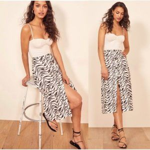 Reformation Highland 100% Linen Skirt in Jayne - 2